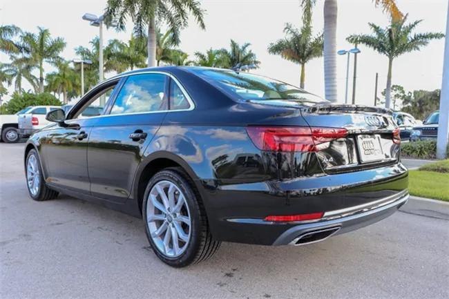 2019 Audi A4 Black 3