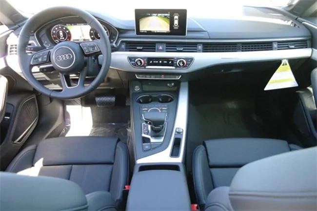 2019 Audi A5 interior black