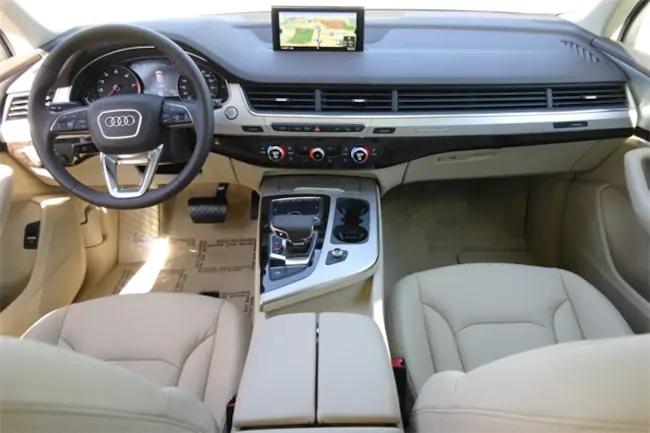 Car Lease Deals Nj >> 2019 Audi Q7 interior | Evolution Leasing