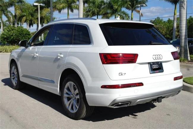 2019 Audi Q7 white 3