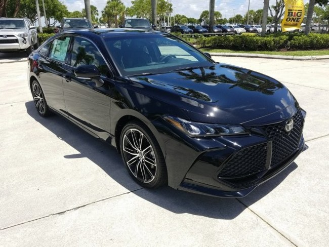 2019 Toyota Avalon Black 2
