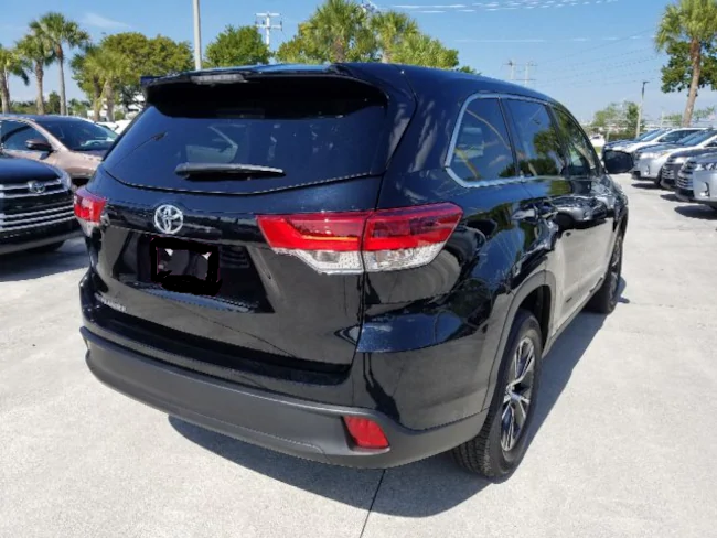 2019 Toyota Highlander Black 4