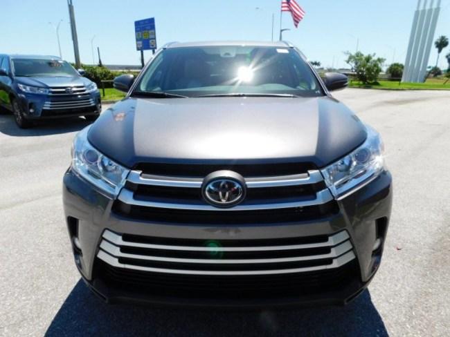 2019 Toyota Highlander gray 1