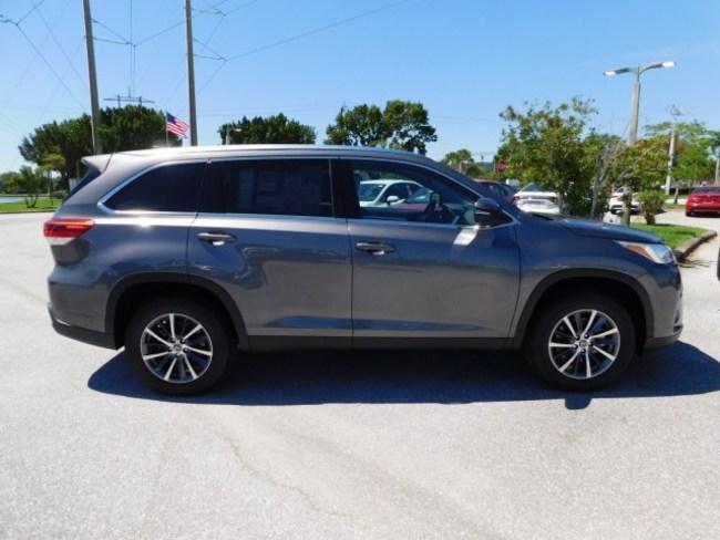 Toyota Lease Deals Ma >> 2019 Toyota Highlander gray 3 | Evolution Leasing
