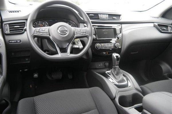 2019 Nissan Rogue Sport interior